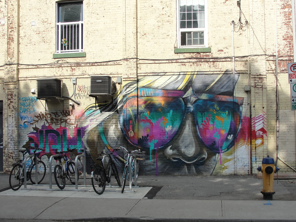 Street Art at Queen and Brookfield