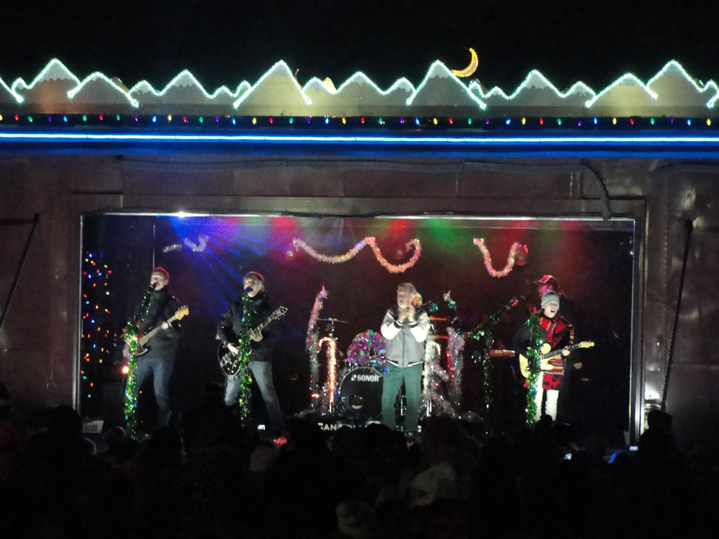 performers on holiday train